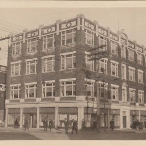 Corner view of Starczyk's building